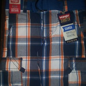 Boy's Plaid Cargo Shorts w/Belt